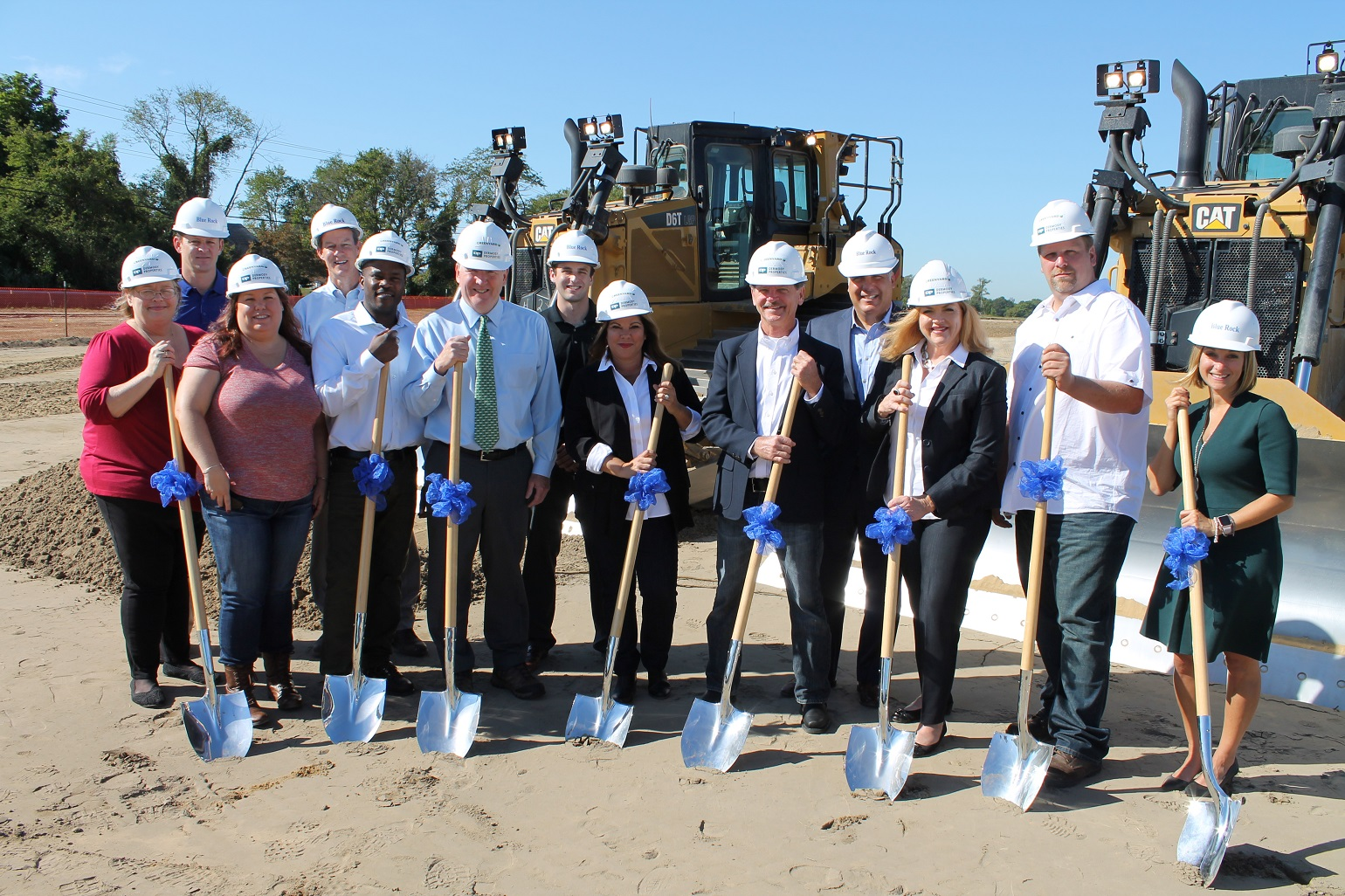 Representatives from Blue Rock, Dermody Properties and Greenyard Logistics USA celebrate the groundbreaking of a 152,200 SF packing and cold storage facility in southern New Jersey.