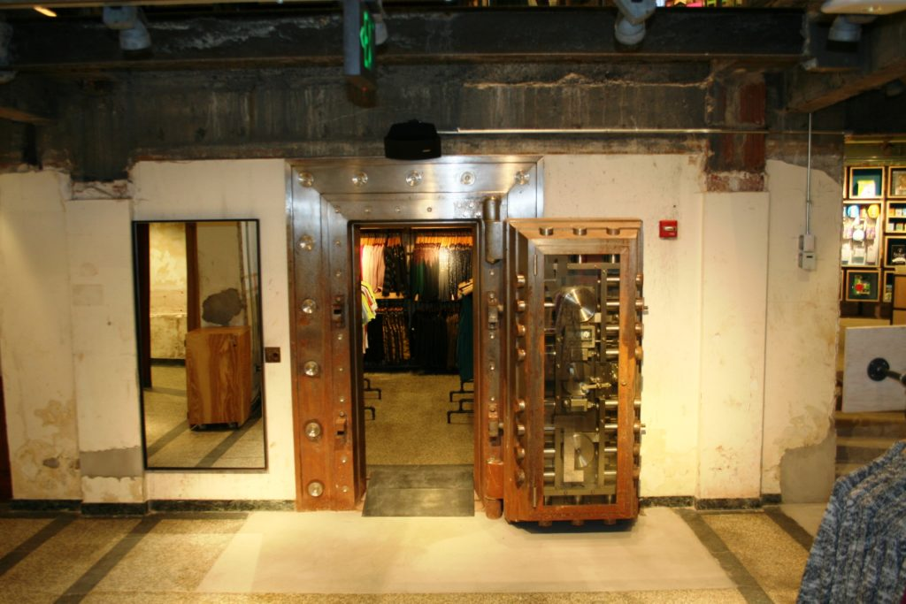 urban-outfitters-bank-vault-westfield-nj