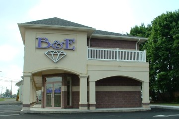 B & E Jewelers retail store in Southampton, PA